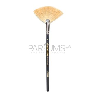 Фото Кисть-веер Make Up Studio Fan Shaped Brush Nero Nr.8